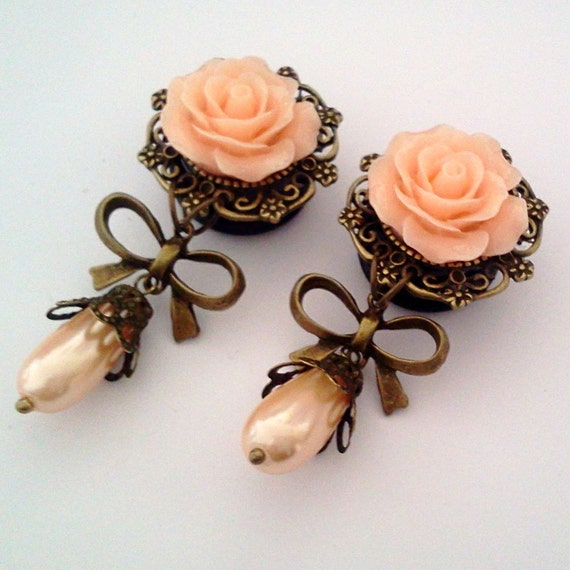 Custom for onellia 5/8 inch 16mm  Pastel Peach Pearly Roses Dangly Plugs for Stretched ears - EGL Sweet Street Fashion Unique