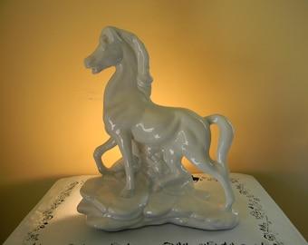 LAMP, Mid Century WHITE HORSE Accent Lamp