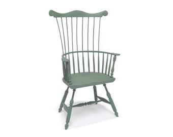 Philadelphia style Comb-back Windsor chair