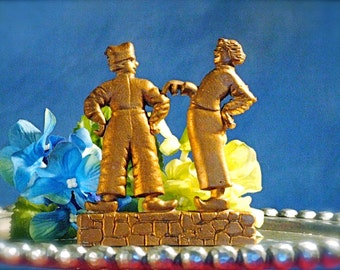Cast Iron Dutch Couple Dancers in Wood Shoes Gold Tone Standing