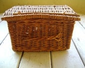 Country Woven Lunch Basket with handle