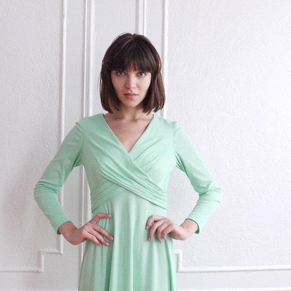 70s Vintage Mint Green Maxi Dress With Empire Waist / Vintage Fashion