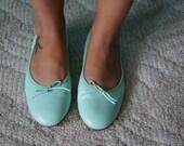 Vintage 80s Seafoam Ballet Bow Flats, SIZE 8