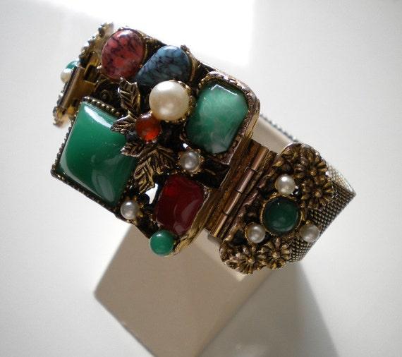 Vintgage1950's Multicolor Bracelet Gold Mesh Glass Florenza Style