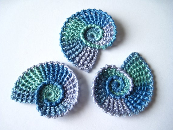 Seashell Knitting Pattern : Crochet Sea Shells Applique