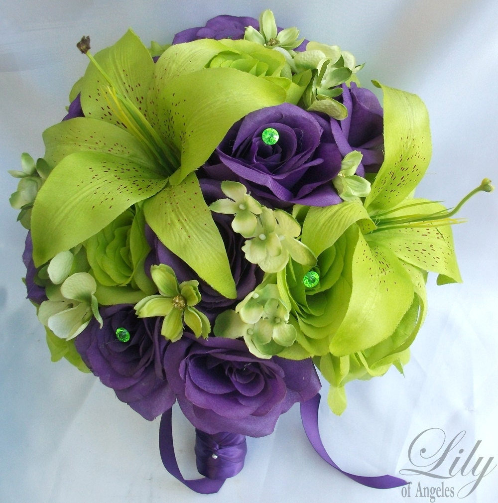 Green Purple Spiral Optical Illusion Illustration: 17 Piece Wedding Flower Package Bridal Bouquet Bride Maid Of