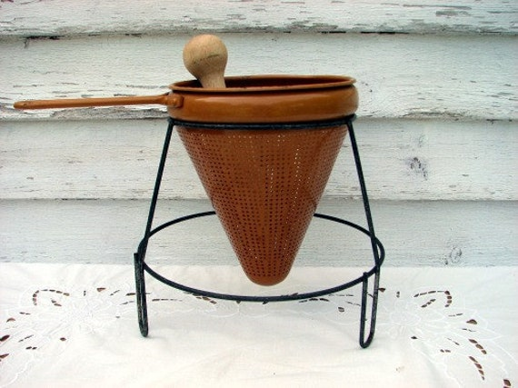 Vintage Metal Jam Strainer with Stand and Pestle/Masher  Mustard