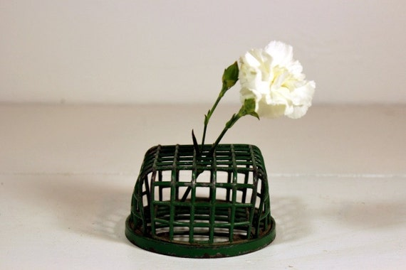 Reserve for Lisa: Vintage Dazey Flower Frog Holder Green