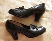 24h-SALE  1940s 1950s vintage darling PEEPTOE pumps heels size 4 shoes EXCELLENT condition