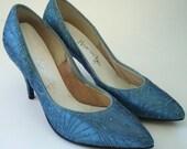 Blue Peacocks Glitter Burst Pumps 50s - Size: 6