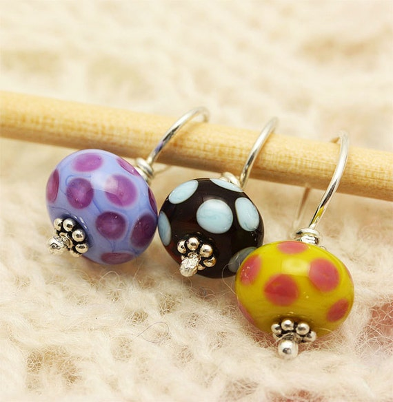 Glass Stitch Markers - Multi-color - a Knitter's Tool