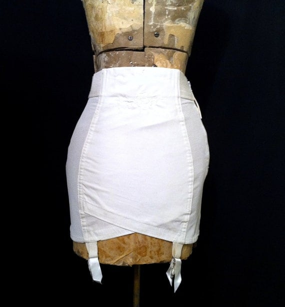 1950s Girdle, Vintage White Girdle Corset, Vintage Garters, Burlesque Style Lingerie, Retro 50s Girdle, Pin Up Lingerie, Vintage Shaper