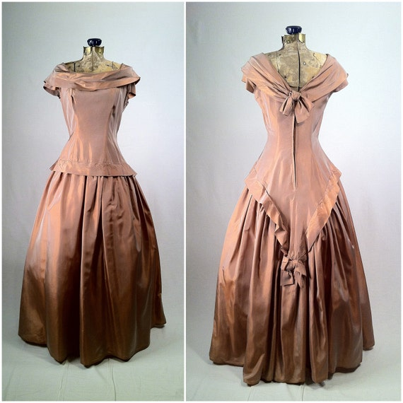 Vintage 1950s Gown of Pale Pink Copper Taffeta - Back Bows - Southern Belle