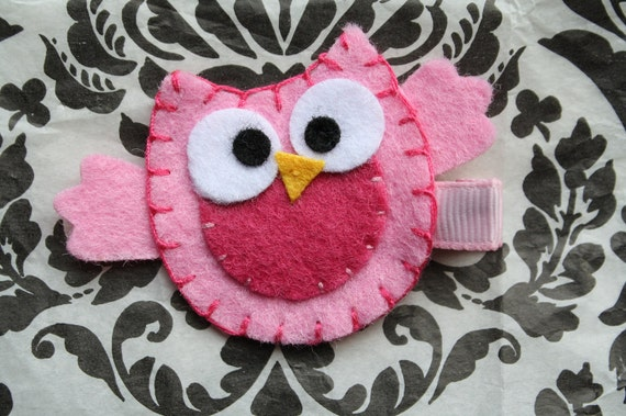 Pink Funny Owl Hair Clippie