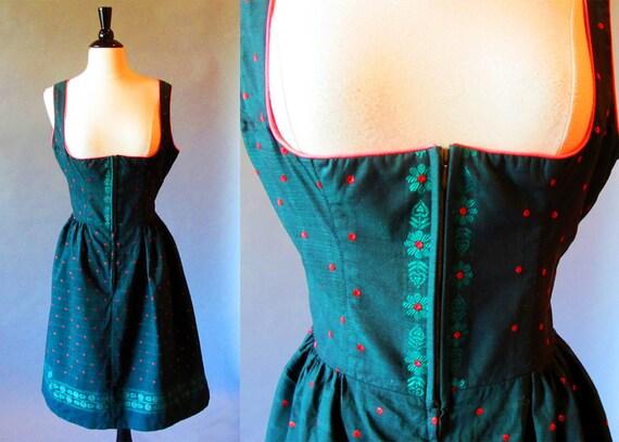 60s dress / rockabilly dress /  Dirndl dress / Green 60s dress / made in Austria / forest green