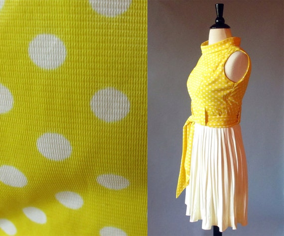 1960s yellow dress / swinging sixties / 1960 dress / yellow dress / polka dot dress / yellow domino