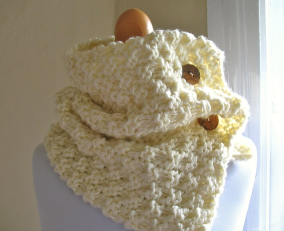 Knitting Styles For Beginners : Items similar to knit pattern cowl with buttons pdf