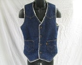 Vintage Levi's Western Sherpa Lined Vest - Size Small (fits slim)