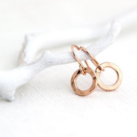 Small Circle Rose Gold Earrings / Simple Little Pink Gold Hammered Earrings / Minimalist Rose Gold Jewelry