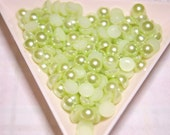 BLOWOUT SALE Light green flatback pearls 6mm - 250 pcs