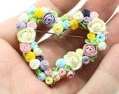 Flowers brooch - Wedding -- Floral brooch -- Heart Brooch