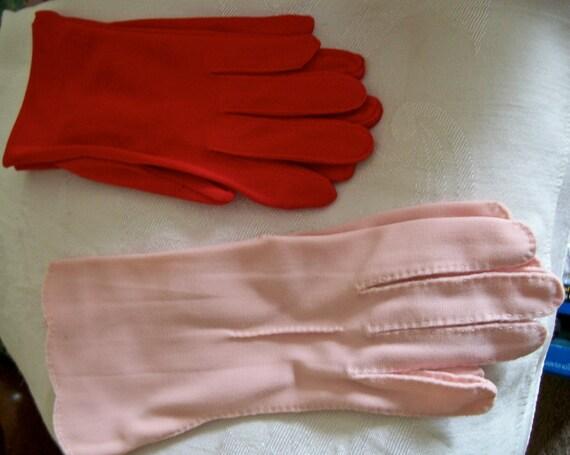 Vintage Cloth Pink & Red Ladies Gloves/ 2 Pair