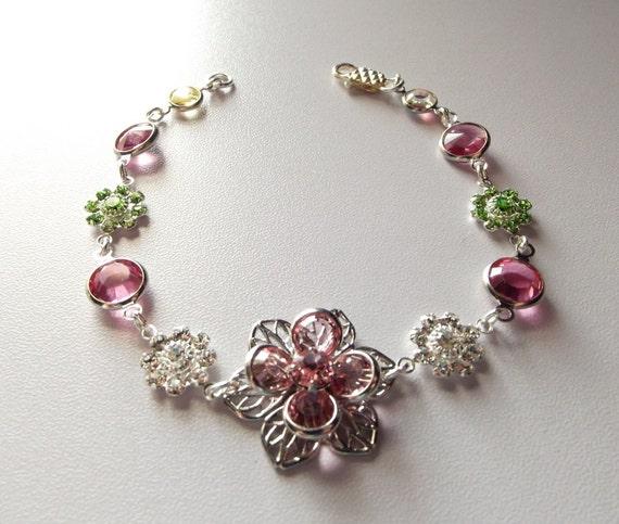 Spring Crystal Bracelet, Crystal Bracelet, Delicate Bracelet, Bridal Jewelry, Bridesmaid Bracelet, Gifts for Her, Gifts for Mom, Silver