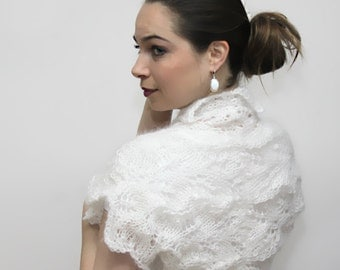 Short White HAND KNIT SHRUG, Lace Mohair Shrug, Wedding Bridal Bolero by Solandia, S M size