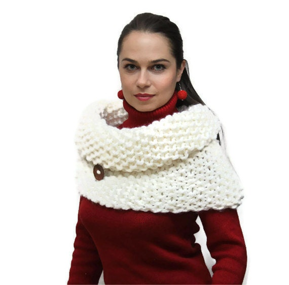 Bulky White Tube Shawl, Chunky Knitting, Women Fashion, Wool Cape with Coconut Shell Buttons/ autumn/ fall/ winter by Solandia, gift