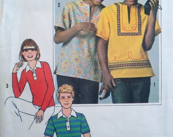 """Simplicity 7996 Vintage 1970s Childrens Sewing Pattern Juniors Pullover Polo or Tunic Tops Breast 29-30.5"""""""