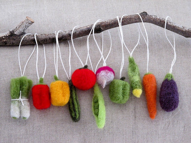 Items similar to Christmas Tree Felted Vegetable Ornaments- Gift Set ...