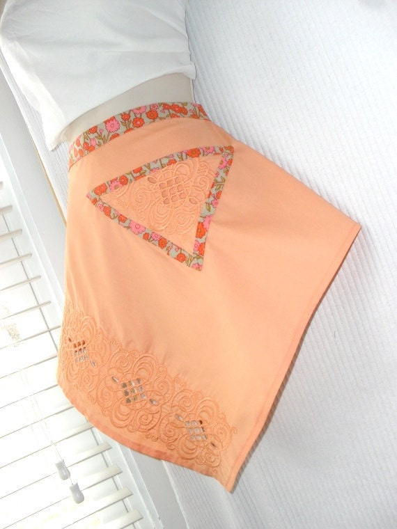 Reserved for Ali - Peach Half Apron Vintage Inspired Linen Size Small