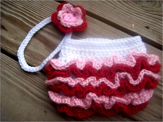 PDF 903 - Valentine's Day Ruffled Diaper Cover and Flower Headband Set