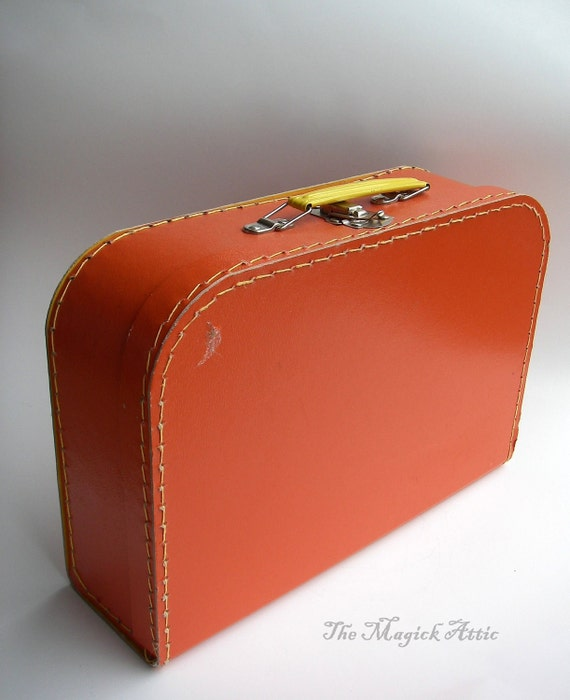 Little Folks - VINTAGE - Orange and Yellow Childrens Carrying Case / Mini Suitcase / Carry-On