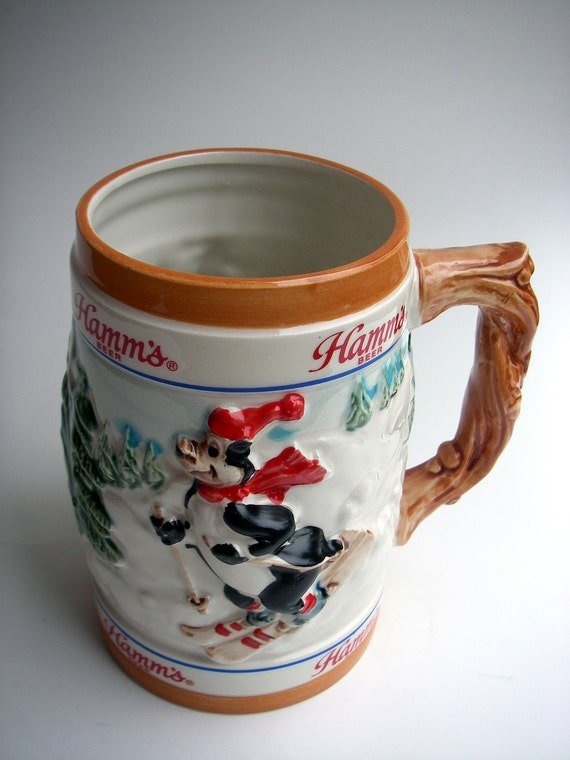 Pour me a cold one - VINTAGE - Hamm's Beer Stein - Pabst Brewing - Limited Edition - Mountain / Skiing