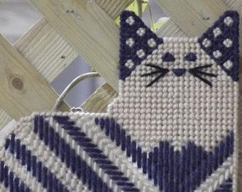 Cat/Kitten plastic canvas key holder