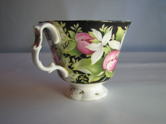 "Royal Albert vintage tea cup- ""Lady's Slipper"""