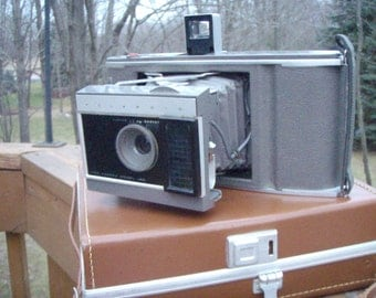 Vintage 1960s Polaroid Land Camera J66 with Leather Case