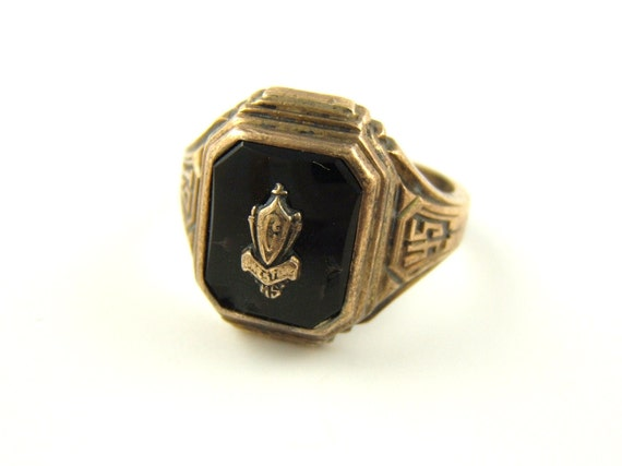 Items similar to Vintage 1945 Class ring Mens Ring Size 11 3 4 Free Shipp