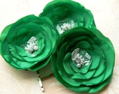 Emerald Green Wedding Flower Hair Clips - Set of 3 Bobby Pins Made Of Polyester Fabric, Lace, Rhinestones, Beads