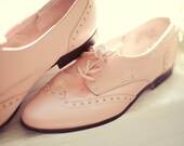 Pastel Pink Vintage West 31st Street Oxfords 6M
