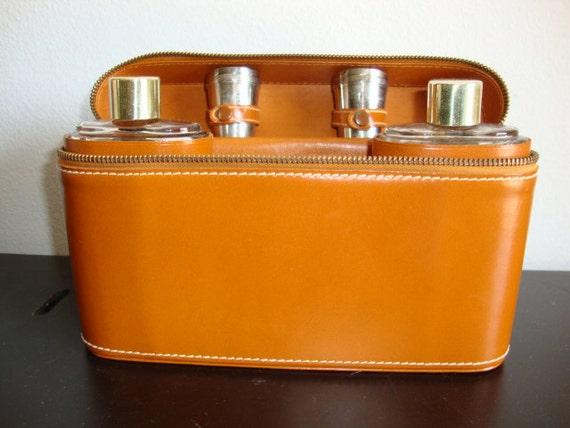 Vintage Flask Travel Case complete set