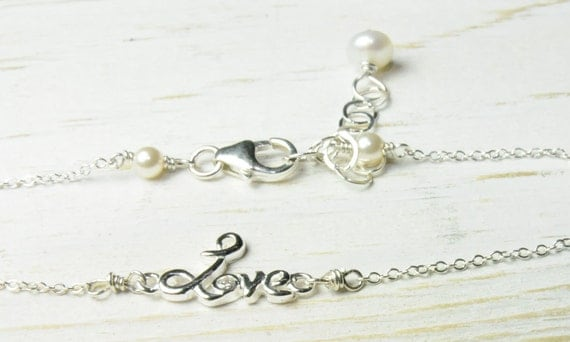 Dainty Love Bracelet for Mom:) Mothers Day Gifts on Etsy