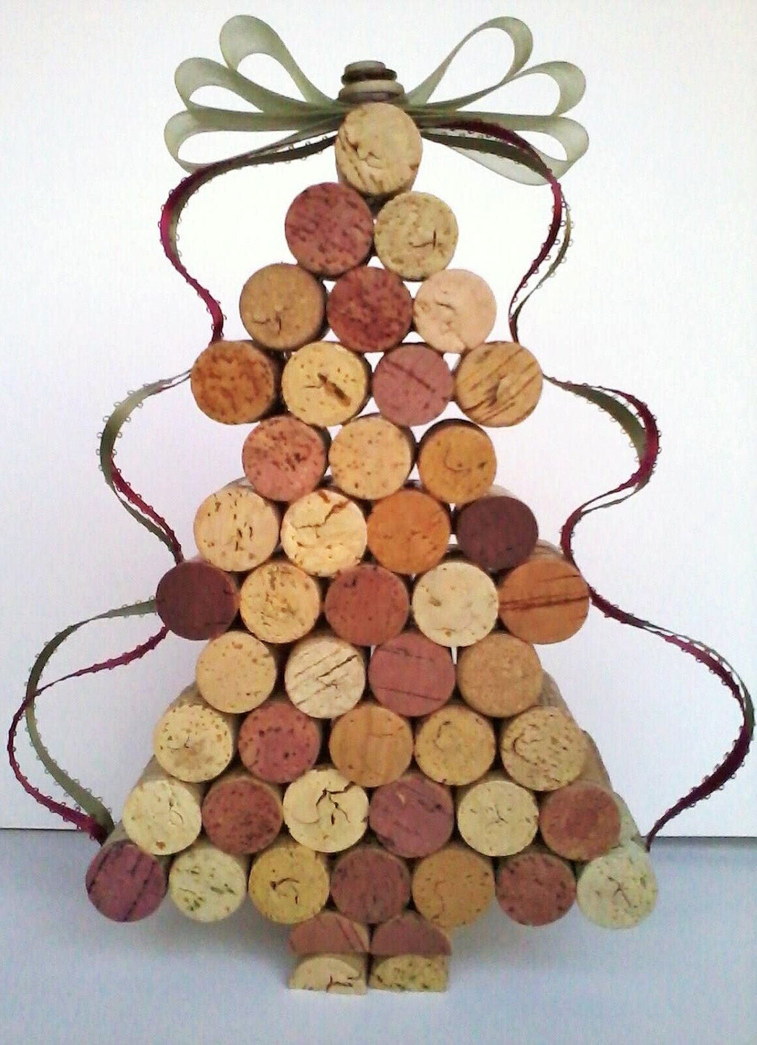 beautiful wine cork christmas tree decoration by. Black Bedroom Furniture Sets. Home Design Ideas