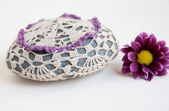 Crochet covered rock, lace stone, beach wedding decor, ring bearer pillow, table decoration, violet cream thread, bowl element, paperweight