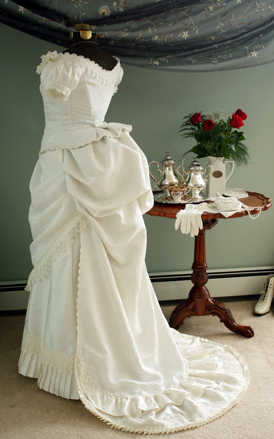 ivory victorian wedding bustle dress gown