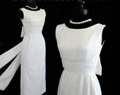 RESERVED--- Vintage 60's Jacquard Paisley Long Soft White Classic Wedding Dress Gown With Huge Bow XS