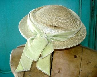 antique parisian hat