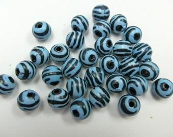 10 Turquoise Zebra Acrylic Round Beads 11mm