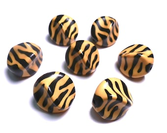 New Large 5 Zebra Twist Nugget Acrylic Beads 23mmx18mm Yellow Orange